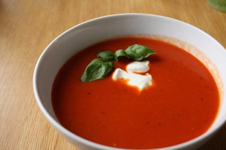 Tomat- och paprikasoppa