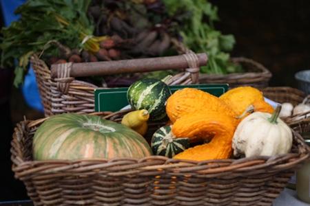 Grönsaker på bonden marknad